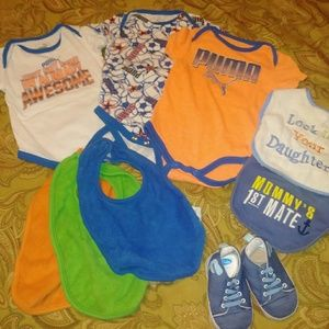 Set of 9 baby boy items. Indies. Bibs and shoes